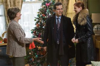 John Leguizamo Freddy Rodriguez Debra Messing in the Movie Nothing Like The Holidays.