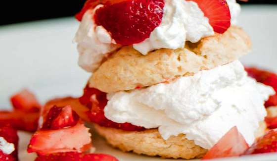 Old Fashioned Strawberry Shortcake | Dessert Recipes
