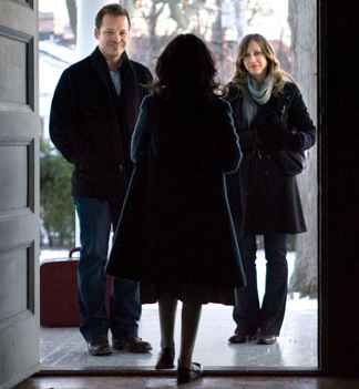 Vera Farmiga & Peter Sarsgaard in the movie Orphan. Movie Review & Trailer. Find out what is happening in Film visit iHaveNet.com