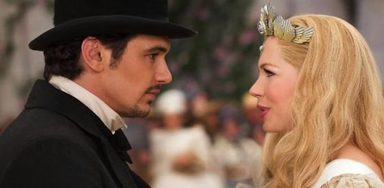 James Franco and Michelle Williams  in 'Oz: The Great and Powerful'