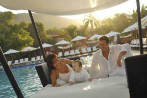 Poolside at Club Med Ixtapa