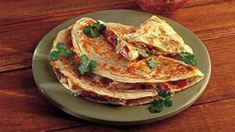 Quesadillas with Caramelized Onions, Chicken and Jack cheese