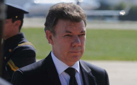 Santos May Oversell Colombia Peace Deal