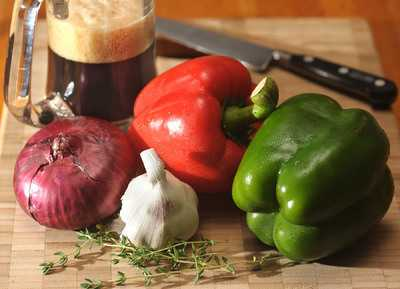 Sausages and Peppers in Beer