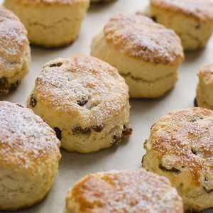 Scones with Currants Recipe - Diane Rossen Worthington Recipes ...