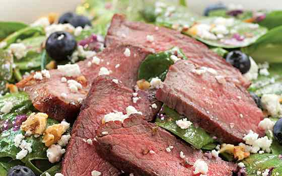 Spinach Salad with Steak and Blueberries Recipe