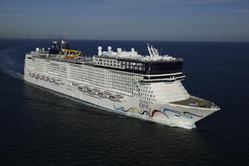 Taking the Kids Aboard the Newest Megaship Epic