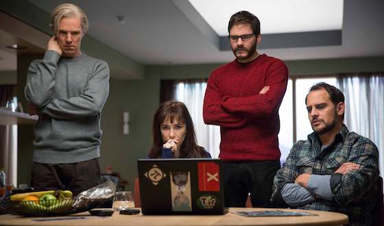 'The Fifth Estate' Movie Review - Benedict Cumberbatch and Daniel Bruhl  | Movie Reviews Site