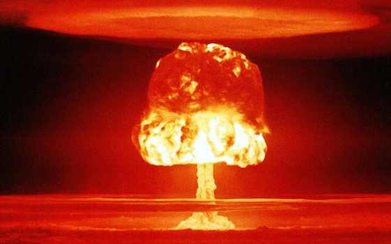 The Limits of Power in the Nuclear Age