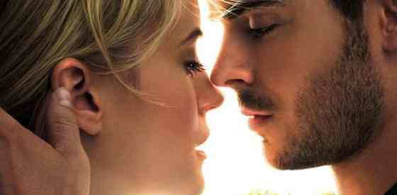 Zac Efron and Taylor Schillingin The Lucky One
