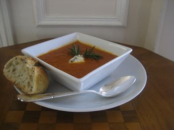 Tomato and Roasted Garlic Soup Recipe