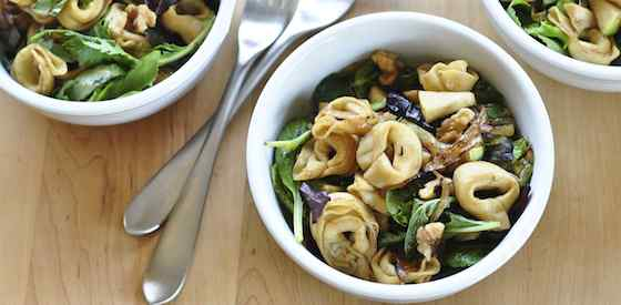 Tortellini Salad with Apples and Walnuts