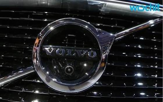 Volvo Aims to Sell Cars Like Tesla, Yet Make Dealerships Part of It