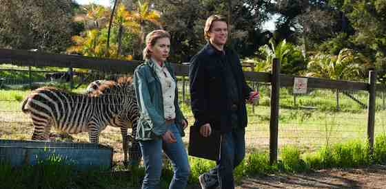 Matt Damon and Scarlett Johanssonin We Bought a Zoo