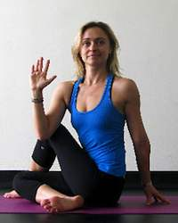 Yoga Stretches: Half Lord of the Fishes Pose