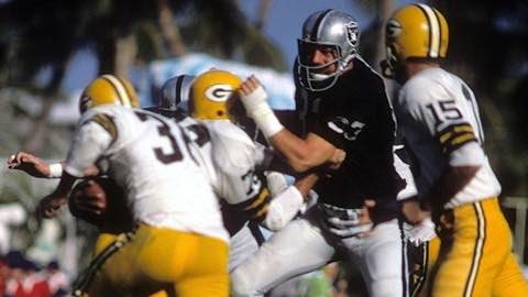 Super Bowl II: Green Bay Packers 33 Oakland Raiders 14