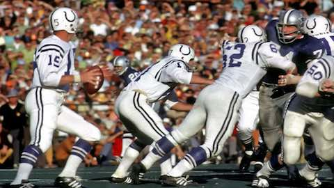 Super Bowl V: Baltimore Colts 16 Dallas Cowboys 13 - MVP Cowboys LB Chuck Howley