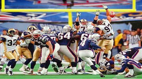 Super Bowl XXXVI - New England Patriots 20 Saint Louis Rams 17 - MVP  Patriots QB Tom Brady b4293cfc1