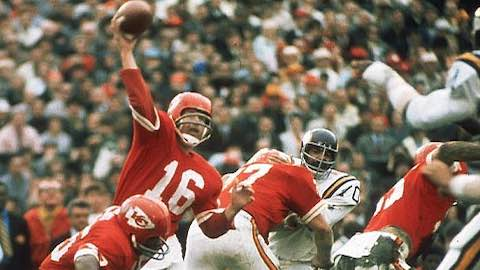 Super Bowl IV: Kansas City Chiefs 23 Minnesota Vikings 7 Len Dawson MVP