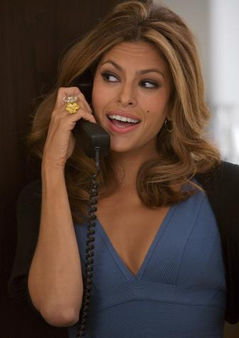 Eva Mendes in a scene from The Women, directed by Diane English 2008 - A Picturehouse release / photographer: Claudette Barius The Women Movie Review Starring Meg Ryan, Annette Bening, Eva Mendes, Debra Messing, Jada Pinkett Smith | Film Critic Michael Phillips Reviews The Women | Video