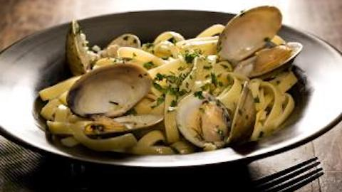 Fettuccine with Clams   Recipe